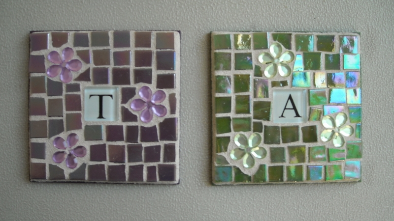 Mosaic coasters Initial in violet and green