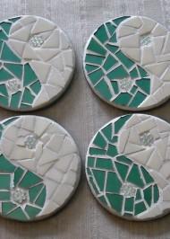Mosaic coasters Green/Cream YinYang