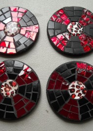 Mosaic coasters Red Black pinwheels