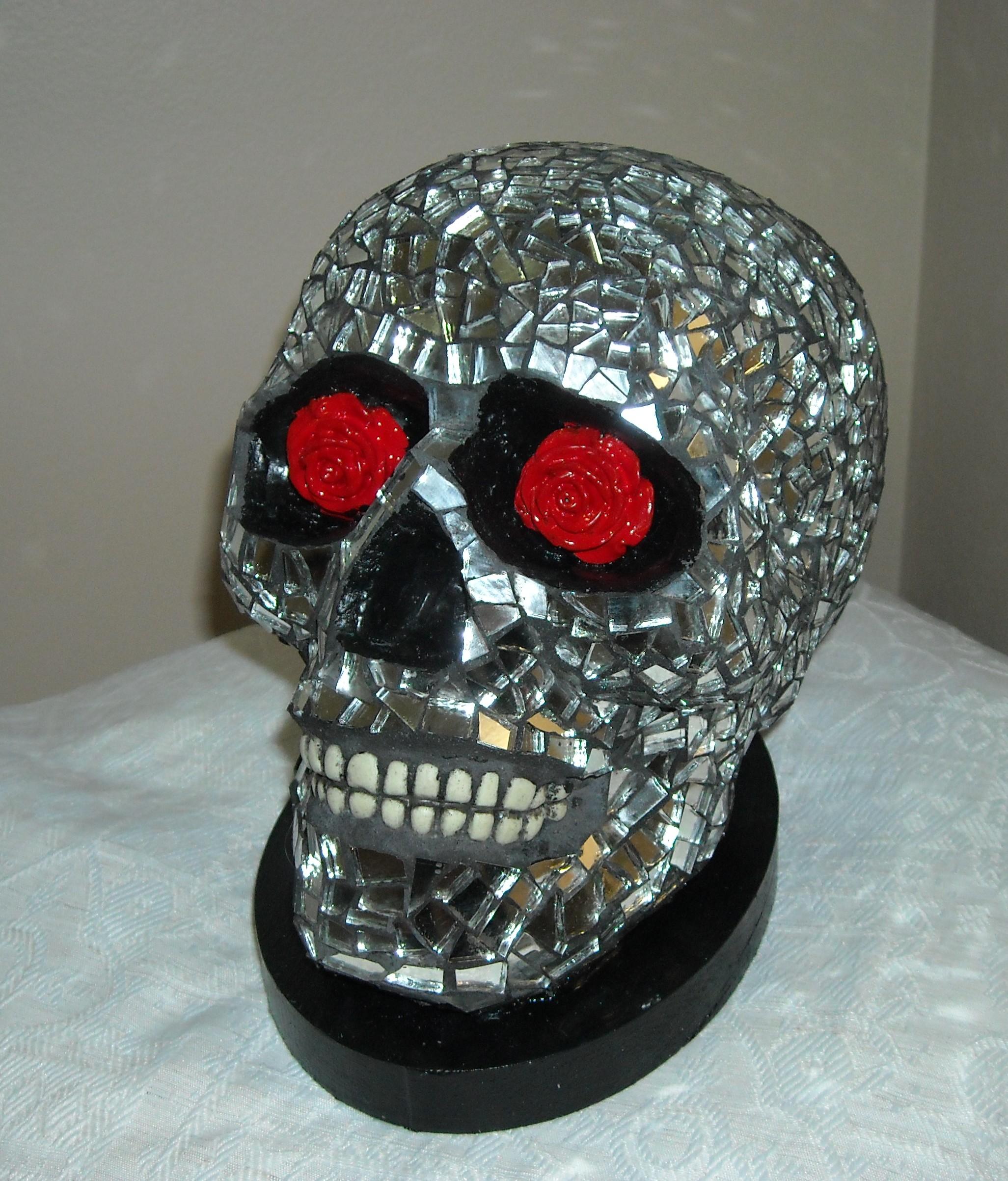 Mirror skull