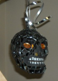 Skull mosaic ornament