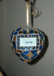 blue-love-ornament
