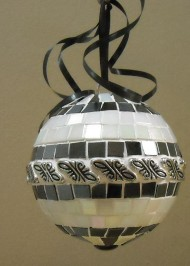 Pearl metal oversize ornament