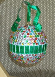 green-glitter-rhinestone-ornament