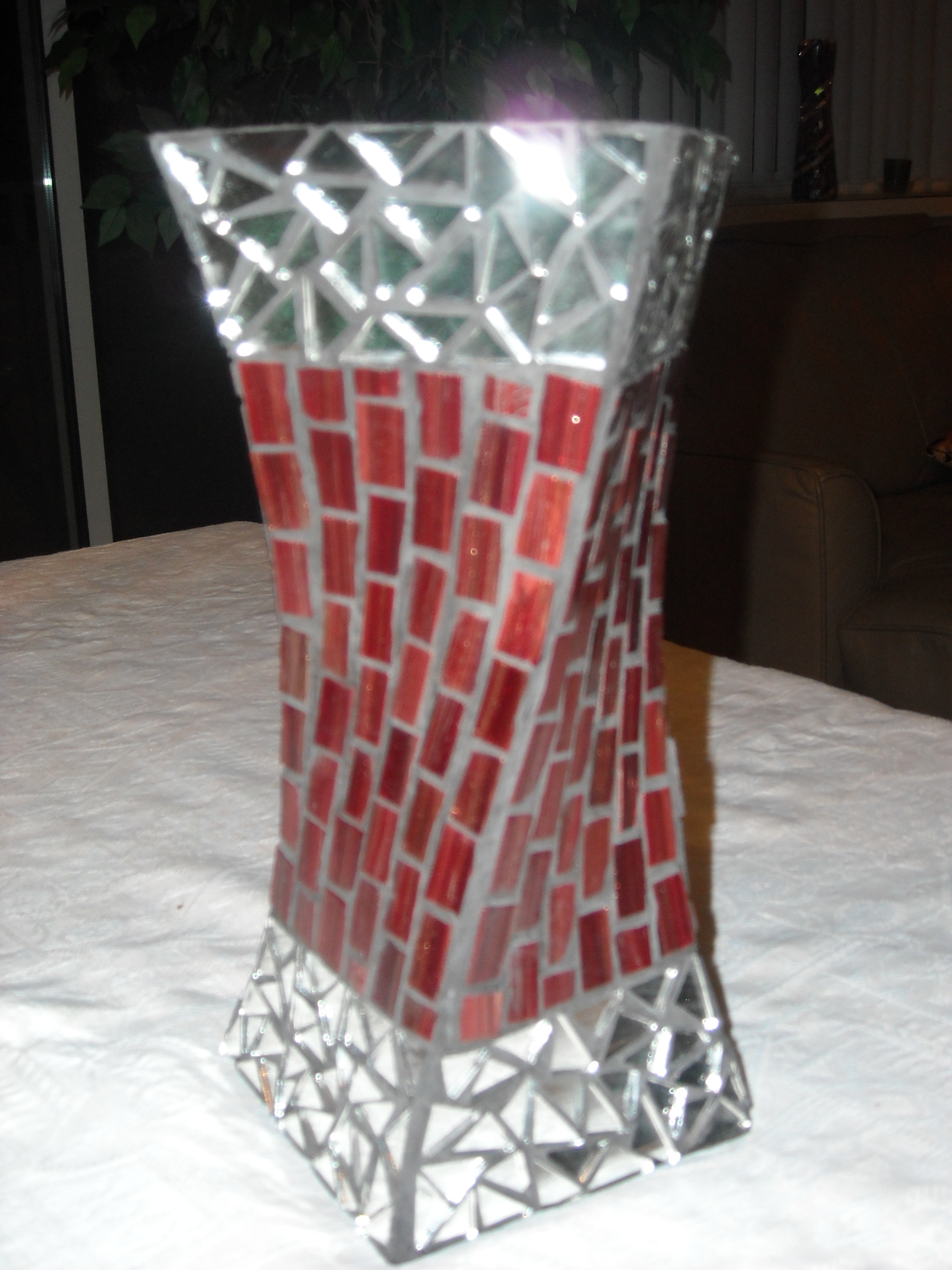 Mosaic vase Twisted
